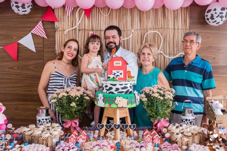 festa_de_crianca_aniversario_fazendinha_fotografia_de_familia-36